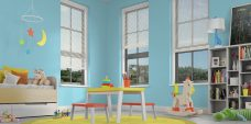 Antique 0266 Venetian Blinds set in a child's room