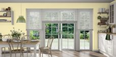 Three Shimmer Mist 0967 Venetian Blinds 25 mm set in a kitchen