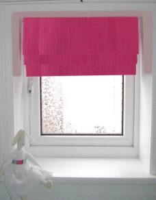 Seville Gerbera Roman Blind close up