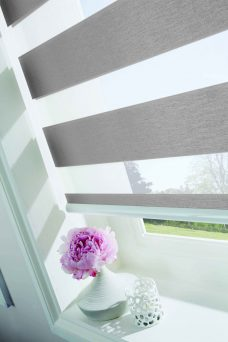 Verona Platinum Duplex Blind close up
