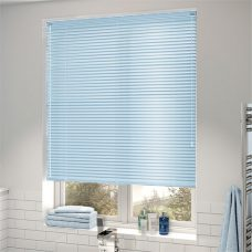 Venetian blind 2358 25 mm fitted in a bathroom
