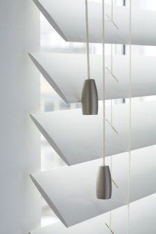 Cotton-white-shutter-63 mm wooden blind