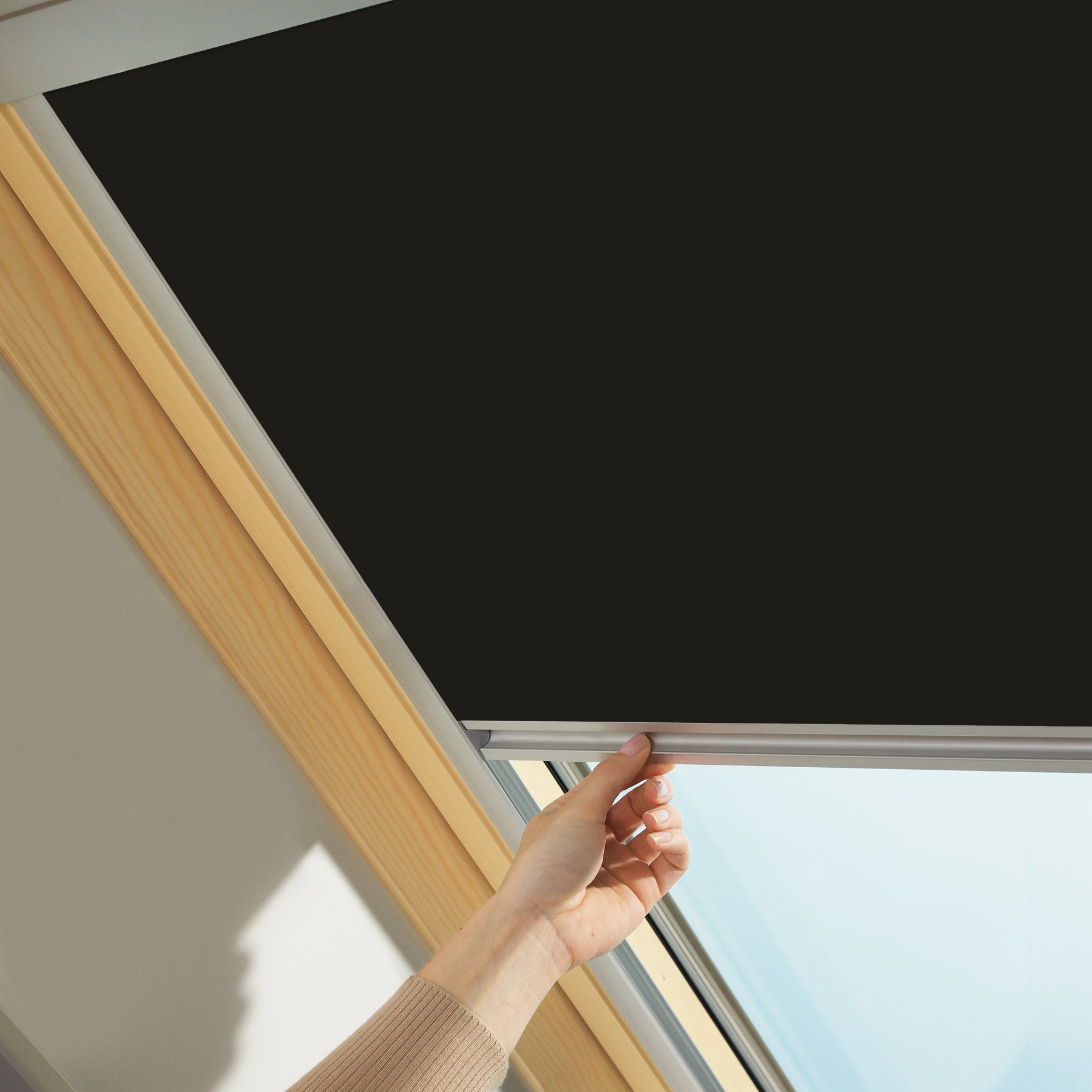 Velux 4559 Dark Brown Skylight Blackout Blind