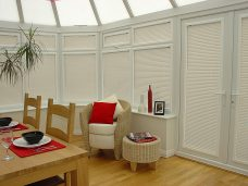 Perfect fit Venetians blinds in slat 2548 in a conservatory