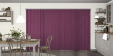 Banlight Duo Grape Vertical blinds in a kitchen