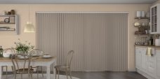 Banlight Duo Henna Vertical Blinds in a kitchen
