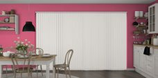 Banlight Duo Optic White Vertical Blinds in a kitchen