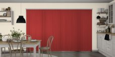 Banlight Duo Scarlet Vertical blinds in a kitchen