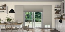Duette Duo Tone Ivory fixe 25 mm in a kitchen