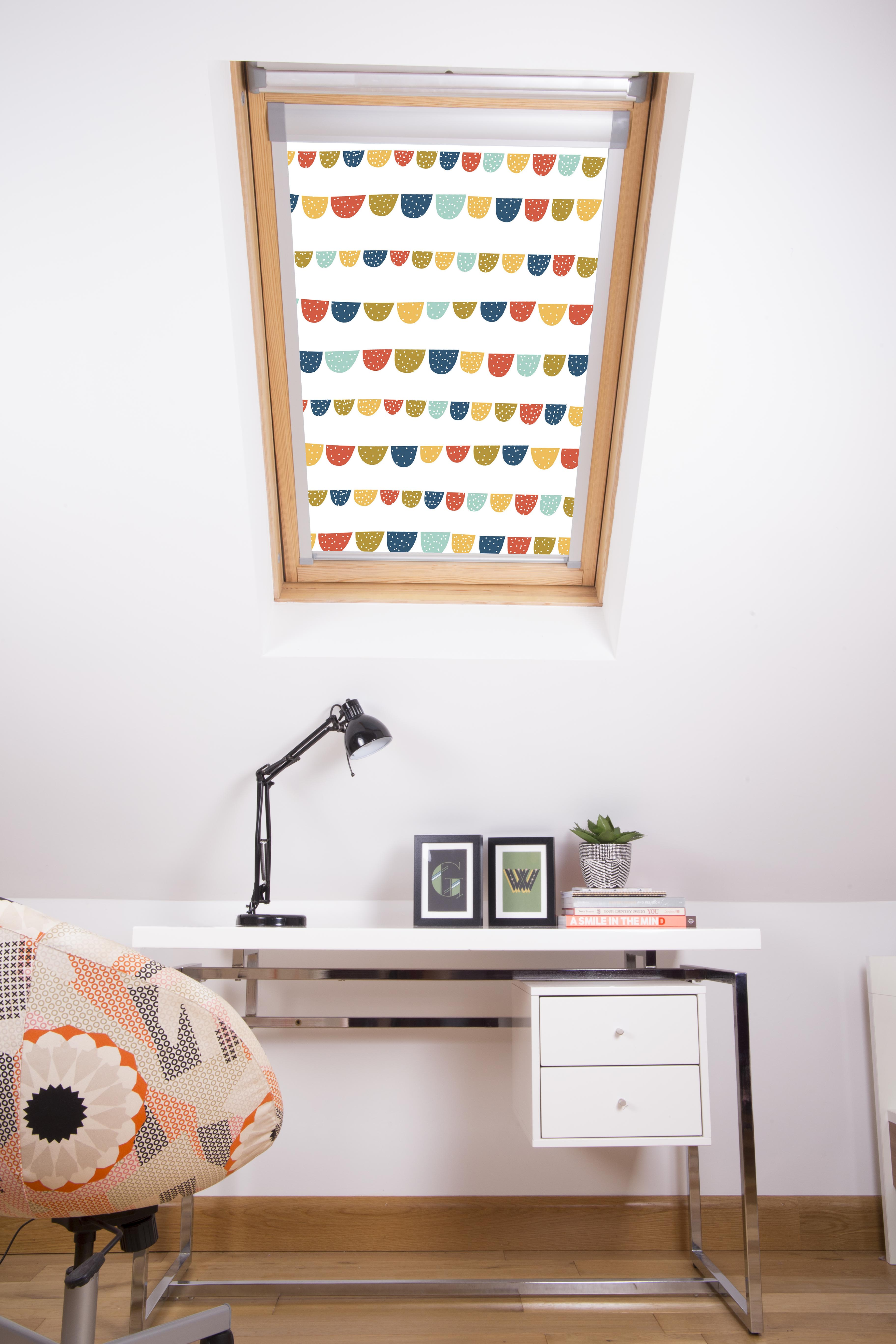 Playing Bunting Bright Loft Blind in a closed position