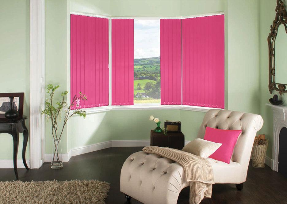 Polaris Fuschia Vertical blinds in a lounge